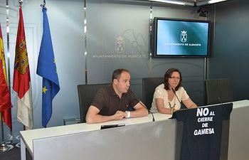 PSOE e IU abogan por que el uso del casco para ciclistas continúe siendo voluntario en vías urbanas