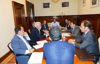 Carlos Cabanas se reúne con el sector de la patata. Foto: Ministerio de Agricultura, Alimentación y Medio Ambiente