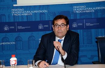 Carlos Cabanas clausura jornada futuro sector lácteo. Foto: Ministerio de Agricultura, Alimentación y Medio Ambiente
