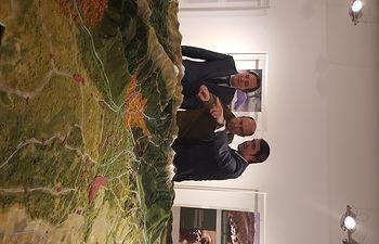 Basilio Rada presenta maqueta PN Guadarrama 1. Foto: Ministerio de Agricultura, Alimentación y Medio Ambiente