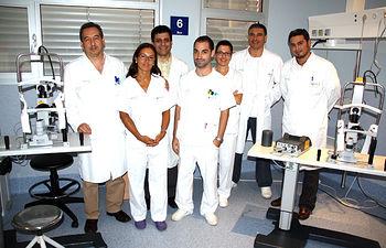 En la imagen, los profesionales que componen la plantilla del Servicio de Oftalmología del Hospital Virgen de Altagracia de Manzanares (Ciudad Real).