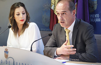 Comparecencia para informar sobre ordenanzas fiscales aprobadas en sesión extraordinaria de la Junta de Gobierno Local. Foto: ©JRopero