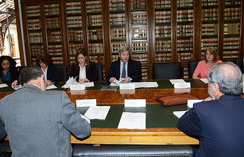 La Comisión de Seguimiento del Convenio para la mejora de la calidad del aceite de oliva analiza las propuestas de la UE sobre estéres etílicos y calidad alimentaria. Foto: Ministerio de Agricultura, Alimentación y Medio Ambiente