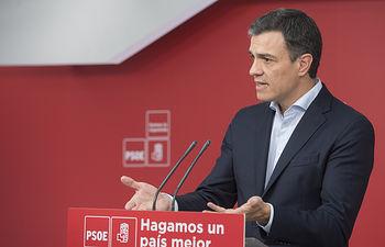 El secretario general Pedro Sánchez mantiene un encuentro con los medios de comunicación, en Ferraz