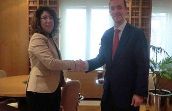 El secretario de Estado de Seguridad se reúne con la delegada del Gobierno en Navarra. Foto: Ministerio del Interior