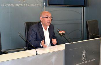 """Belmonte: """"Bayod y su equipo de gobierno concluyen el mandato como lo iniciaron, despidiéndose e indemnizando a trabajadores municipales."""