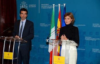 Isabel García Tejerina y Maurizio Martina. Foto: Ministerio de Agricultura, Alimentación y Medio Ambiente