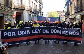 Bomberos de toda C-LM demandan en Toledo una ley de coordinación que homogeneice y coordine los distintos servicios. Foto: Europa Press.