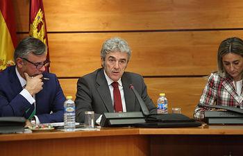 Leandro Esteban comparece en la Comisión de Economía y Presupuestos de las Cortes regionales