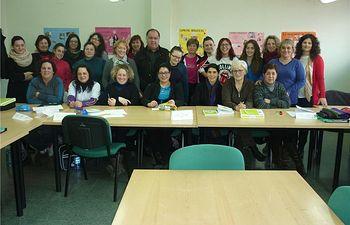 Comienza en Munera el curso para mujeres desempleadas que promueve la Diputación y el Fondo Social Europeo