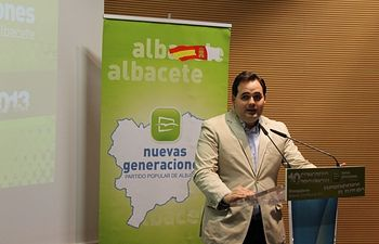 Francisco Núñez, en la clausura del X Congreso de NNGG de Albacete.