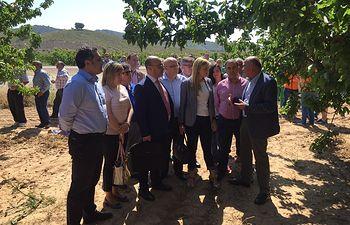 La consejera de Fomento traslada a los regantes del Sureste de Albacete el apoyo del Gobierno regional a sus reivindicaciones hídricas. Foto: JCCM.