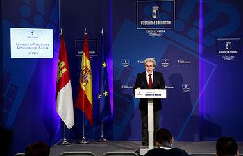 Leandro Esteban. Rueda de prensa del Consejo de Gobierno 23-12-14 1. Foto: JCCM.