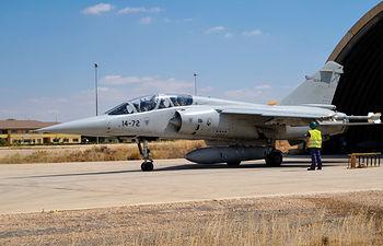 La empresa Otomedicine está realizando ensayos sobre la prevención de pérdidas auditivas causadas por ruido en trabajadores de la Base Aérea de Los LLanos. Foto: Mirage F1.