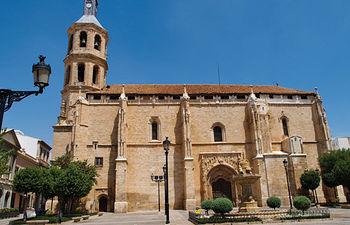 Iglesia parroquial de Nuestra Señora de la Asunción, en Valdepeñas (Ciudad Real).