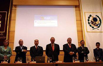 Mesa presidencial del acto de inauguración del curso 2010-2011 de la Facultad de Educación de Ciudad Real.