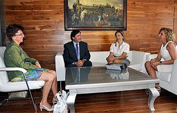 Visita del consul de Hungría