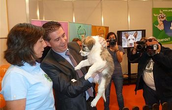Cabañero agradece la aportación del ITAP y del Centro Provincial de Recogida de Perros a Expovicaman
