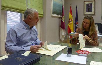 La Diputación refuerza el apoyo al Centro de la Vihuela de Sigüenza y a la conversión de la iglesia de Santiago como centro provincial de interpretación del Románico