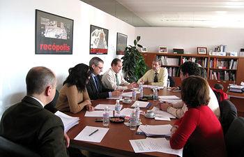 El viceconsejero de Ciencia y Tecnología, Enrique Díez Barra, presidió el pasado 18 de diciembre en Toledo la reunión de la Comisión de Seguimiento del convenio de colaboración entre la Junta de Comunidades de Castilla-La Mancha y el Centro para el Desarrollo Tecnológico e Industrial.