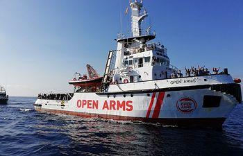 El Open Arms llega al Puerto de Barcelona. Foto:  @campsoscar- Proactiva Open Arms. 