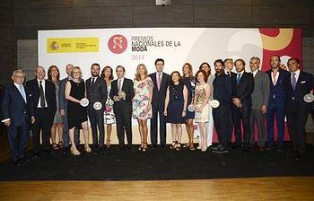 Soraya Sáenz de Santamaria y José Manuel Soria entregan la 2ª edición de los Premios Nacionales de la Moda. Foto: Ministerio.