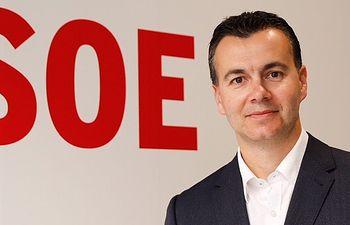 El secretario de Relaciones Internacionales, Héctor Gómez