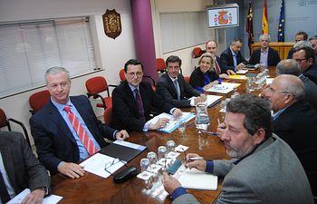 Jaime Haddad analiza con el sector los ajustes en el seguro de explotaciones de frutales para variedades extratempranas. Foto: Ministerio de Agricultura, Alimentación y Medio Ambiente