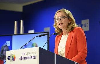 Nadia Calviño durante su intervención en el desayuno Efeminista.