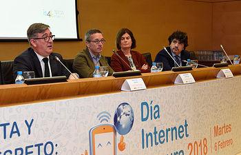 """Jornada del Día de Internet Segura - """"Crea, Conecta y Comparte Respeto: Una Internet Mejor Comienza Contigo"""""""