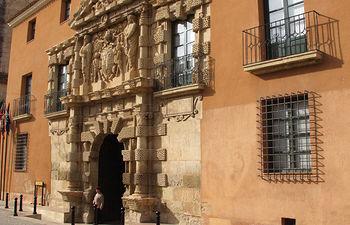 Casa Grande, sede del ayuntamiento de Almansa, uno de los edificios emblemáticos de la localidad.