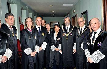 El presidente del Tribunal Supremo y del CGPJ Carlos Lesmes junto a miembros de la Sala de Gobierno del TSJ de Castilla la Mancha. Foto: Manuel Podio