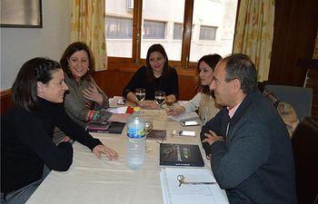 Apoyo institucional de la Diputación a la Asociación de Alfombristas de Elche de la Sierra