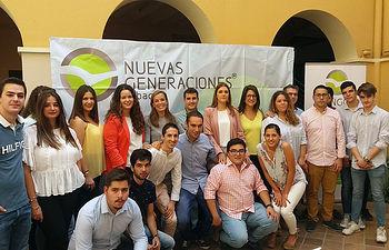 Ana García proclamada presidenta local de NNGG Hellín