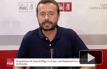 Mientras García-Page trabaja por resolver los problemas de la gente...