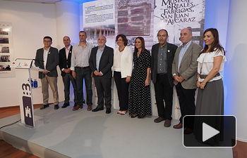 La consejera de Economía, Empresas y Empleo, Patricia Franco, asiste a la presentación de Riópar como destino turístico, en el stand de la Junta en la Feria