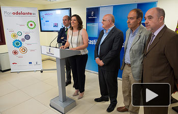 La consejera de Economía, Empresas y Empleo, Patricia Franco, presenta las oficinas 'Adelante Empresas'