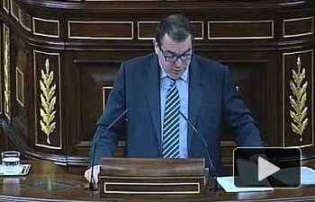 Llamazares se despide como diputado y pide que el congreso siga siendo el centro de la política