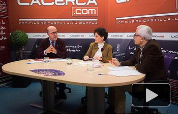 Francisco Pérez del Campo, presidente local de Cruz Roja en Albacete, Eva Callejas, coordinadora provincial de Cruz Roja en Albacete, y Manuel Lozano, director del Grupo Multimedia de Comunicación La Cerca