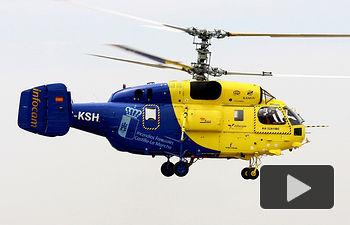 Helicoptero adscrito al INFOCAM en el momento de salir hacia su destino para iniciar la temporada contra incendios. Archivo.