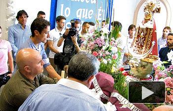 El Albacete Balimpié realizando la Ofrenda de Flores a la Patrona.