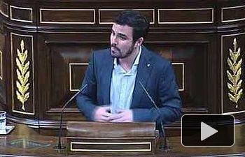 """Garzón a Montoro: """"No ha llegado el comunismo y las casas y los ahorros de muchos se han evaporado"""""""