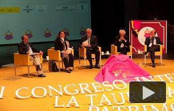 """Primera mesa redonda del I Congreso Internacional de Tauromaquia. """"La Tauromaquia, manifestación cultural""""."""