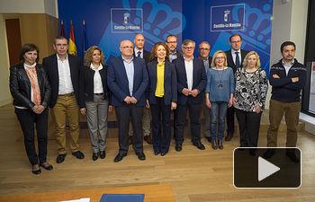 El Gobierno regional suscribe 89 convenios de Ayuda a Domicilio con ayuntamientos .