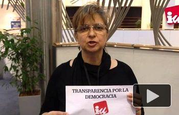 IU: Acción protesta exigiendo transparencia en las negociaciones del TTIP
