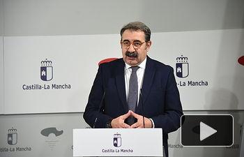 Rueda de prensa sobre la reunión con los representantes de los partidos políticos de las Cortes. . Foto: Jose Ramon Marquez // JCCM