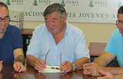 ASAJA Albacete firma el convenio del campo de la provincia de Albacete con CCOO y UGT que afectará a cerca de 8.000 trabajadores fijos del campo en la provincia albaceteña