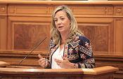 Lola Merino en el Pleno de las Cortes.