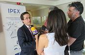 Fernando Laviña recibe a representantes de 17 empresas importadoras. Foto: JCCM.
