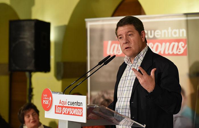 El secretario general del PSCM-PSOE participa en la presentación de María Jesús Merino como candidata a la Alcaldía de Sigüenza.